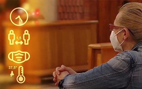 Un aiuto su come comportarci in chiesa